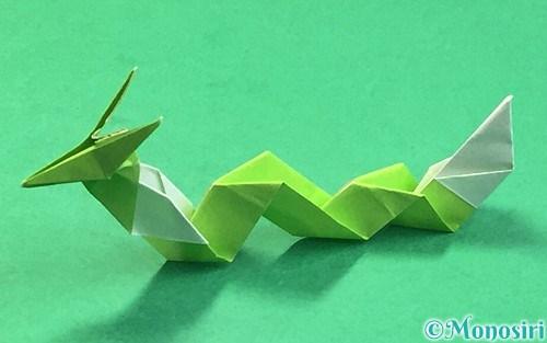 折り紙で折った龍