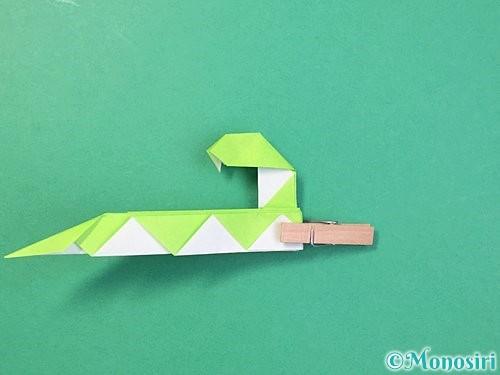 折り紙で立体的な蛇の折り方手順59