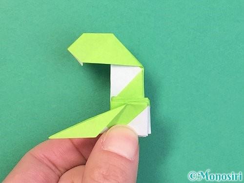 折り紙で立体的な蛇の折り方手順61