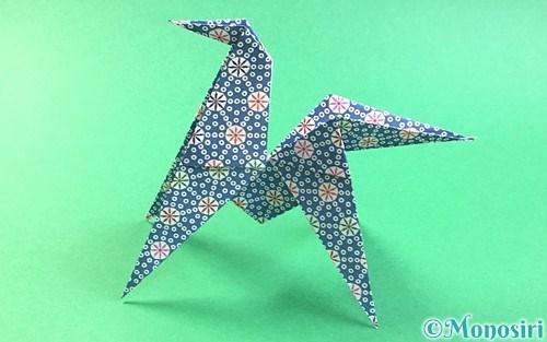 折り紙で折った立体的な馬