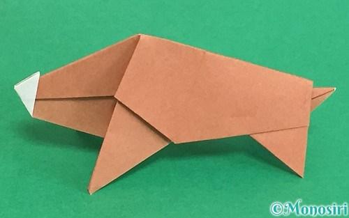 折り紙で折った立体的な猪