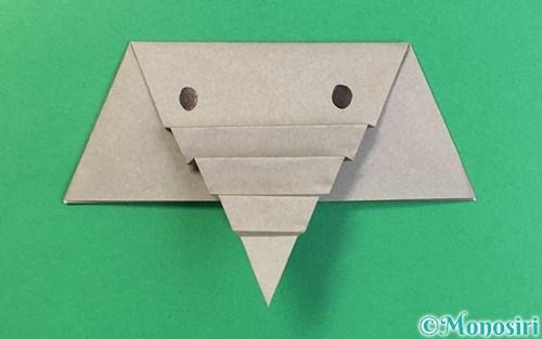 折り紙で折った象の顔