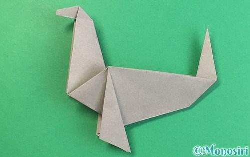 折り紙で折ったアシカ(オットセイ)