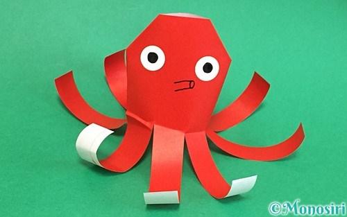 折り紙で作ったタコ