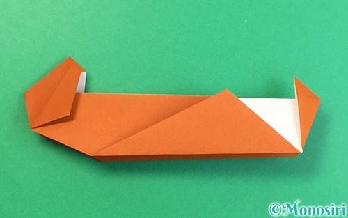 折り紙で折ったラッコ