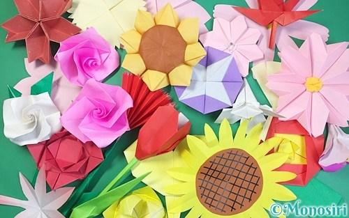 折り紙で作った花