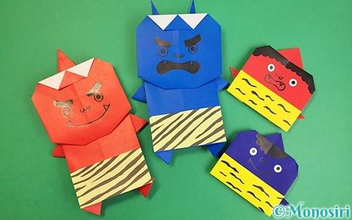折り紙で折った赤鬼と青鬼