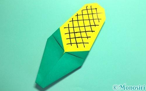 折り紙で折ったとうもろこし