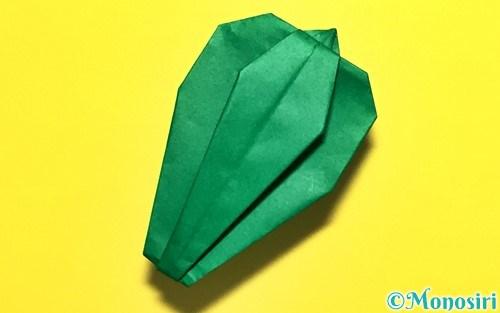 折り紙で折ったピーマン