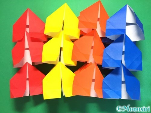 折り紙で立体的な花火の作り方手順29