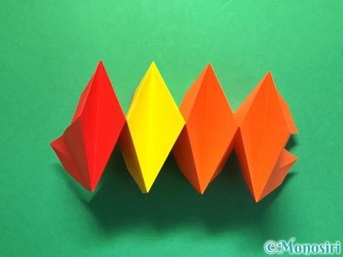 折り紙で立体的な花火の作り方手順35