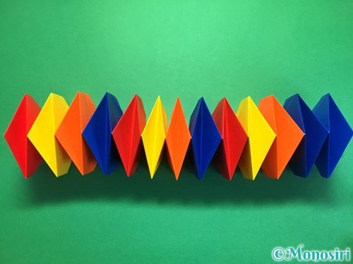 折り紙で立体的な花火の作り方手順36