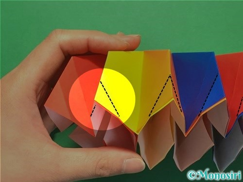 折り紙で立体的な花火の作り方手順38