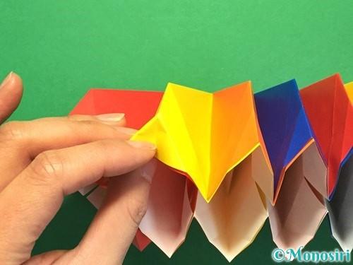 折り紙で立体的な花火の作り方手順39