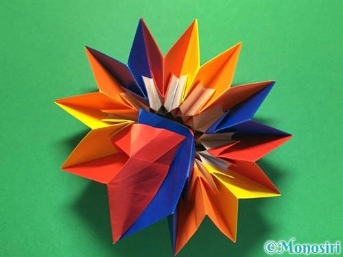 折り紙で立体的な花火の作り方手順53