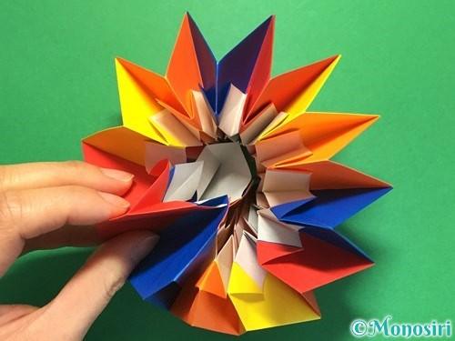 折り紙で立体的な花火の作り方手順54