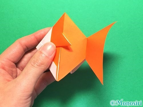 折り紙で金魚の折り方手順27