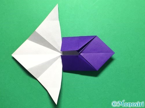 折り紙で立体的な金魚の折り方手順28