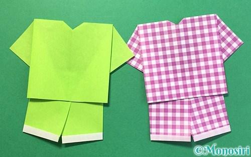 折り紙で作ったTシャツと半ズボン