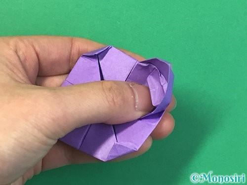 折り紙で睡蓮(蓮の花)の折り方手順18