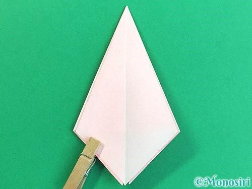 折り紙で立体的なコスモスの折り方手順17