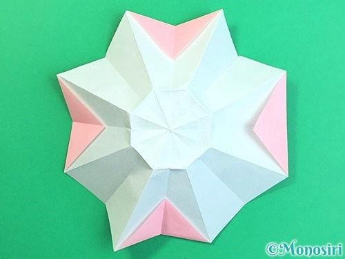 折り紙で立体的なコスモスの折り方手順26