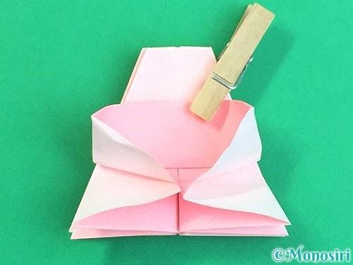 折り紙で立体的なコスモスの折り方手順32