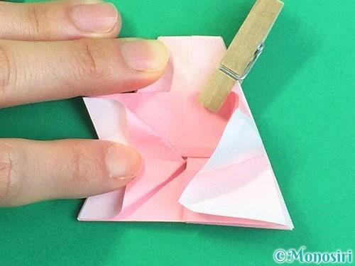 折り紙で立体的なコスモスの折り方手順34