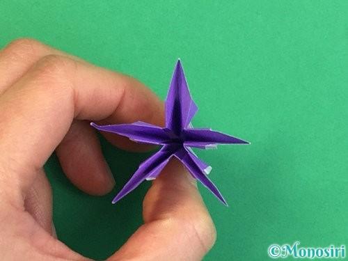 折り紙で立体的なリンドウの折り方手順40