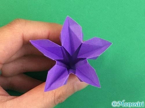 折り紙で立体的なリンドウの折り方手順41