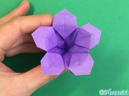 折り紙で立体的なリンドウの折り方手順44