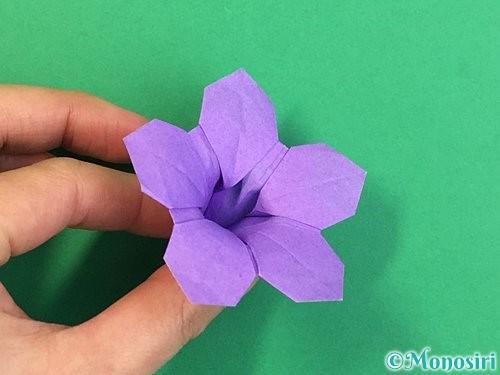 折り紙で立体的なリンドウの折り方手順47