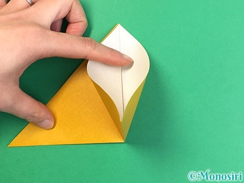 折り紙で花瓶の折り方手順6
