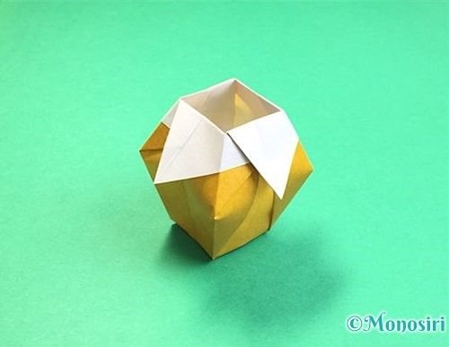 折り紙で花瓶の折り方手順37