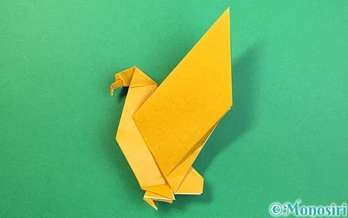 折り紙で作った鷲(鷹)