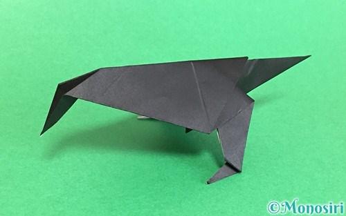 折り紙で折ったカラス