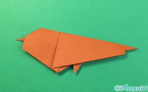 折り紙で折ったスズメ